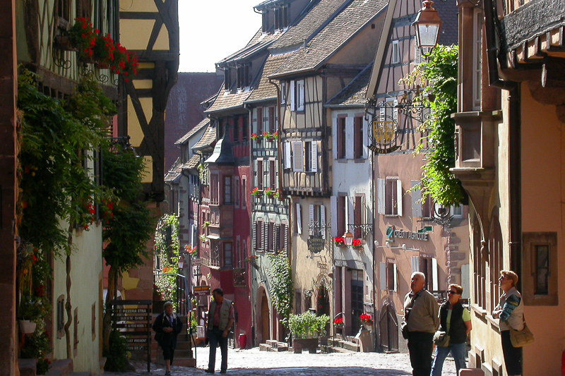 Riquewihr in Alsace was elected MOST BEAUTIFUL VILLAGE in FRANCE by the Japanese travel professionals (January 2016). Stay in one of our charming self catering apartments (in France we say gite) and the colourful half timbered houses of Riquewihr will become part of your environment!
